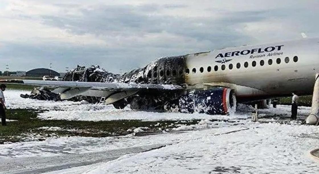 Самолет сгорел в Шереметьево: опубликован отчет о катастрофе SSJ-100