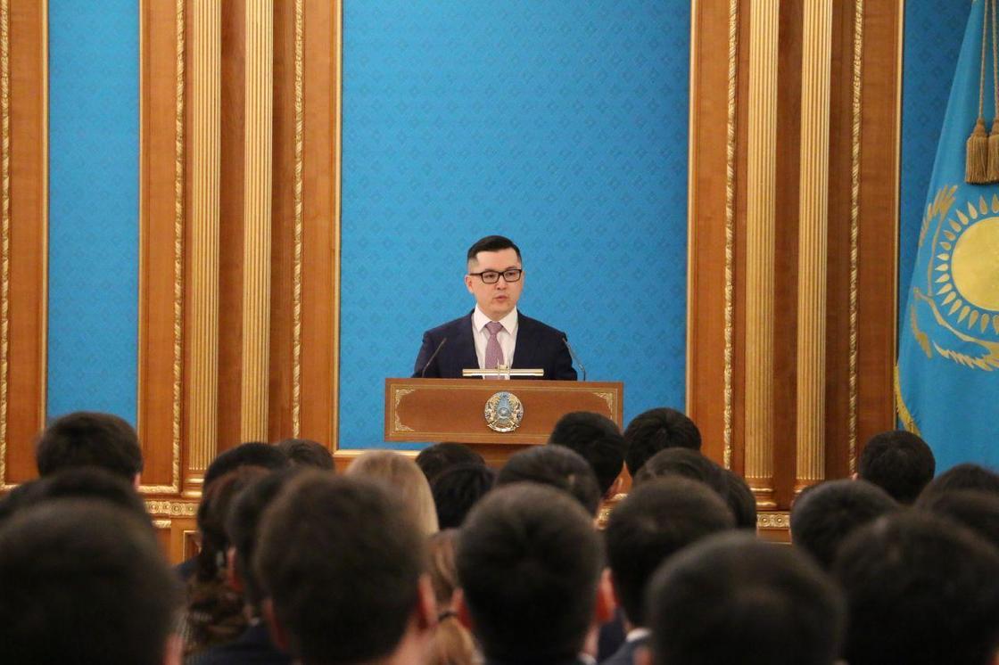 Токаев принимает в Акорде участников президентского резерва (фото)