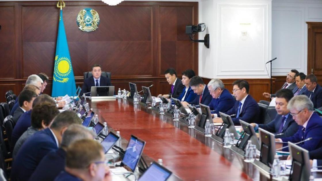 Мамин поручил выполнить предвыборную программу избранного президента Казахстана