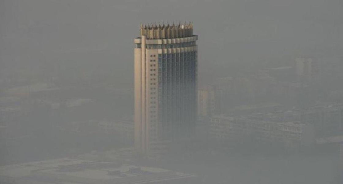 Байбек рассказал, почему Алматы задыхается от смога