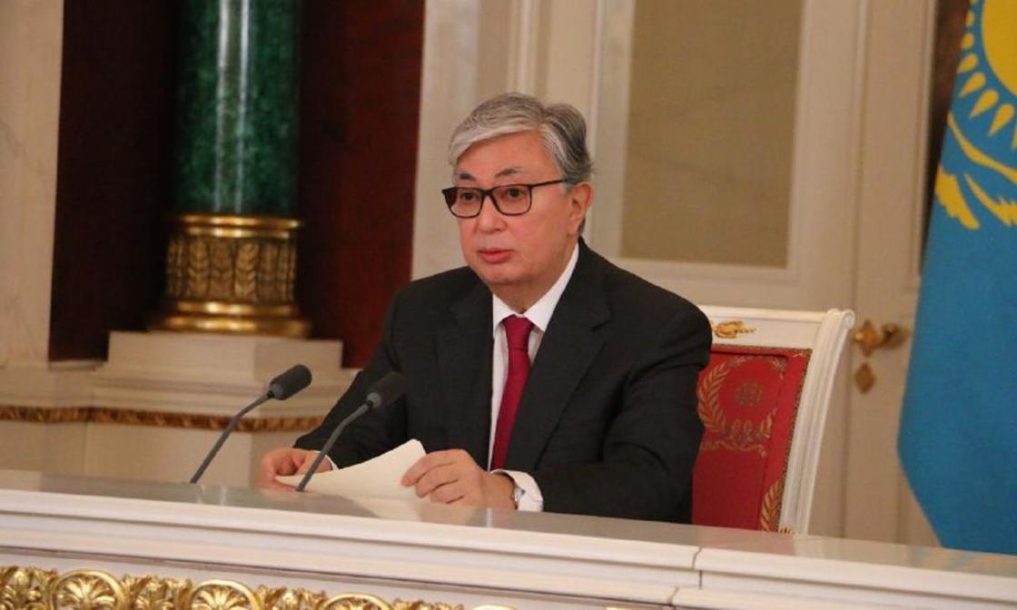 Токаев подписал указ об акимах городов Алматы, Шымкента и областей