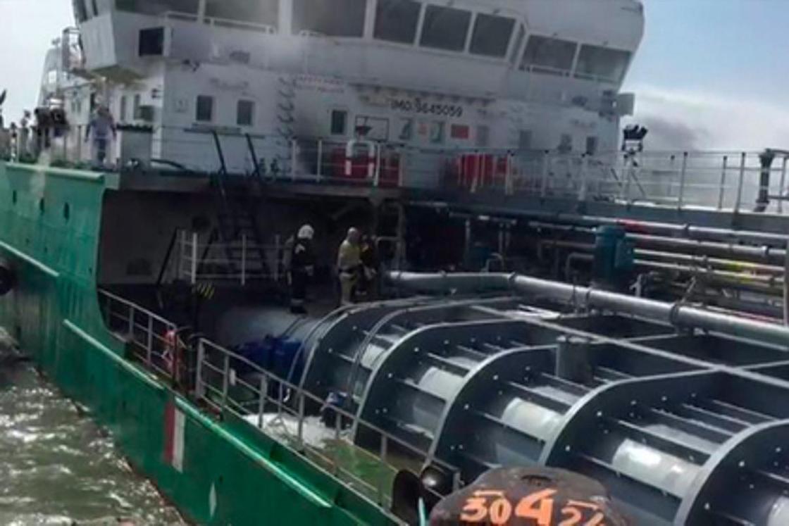 Взрыв на танкере в порту Махачкалы: что известно