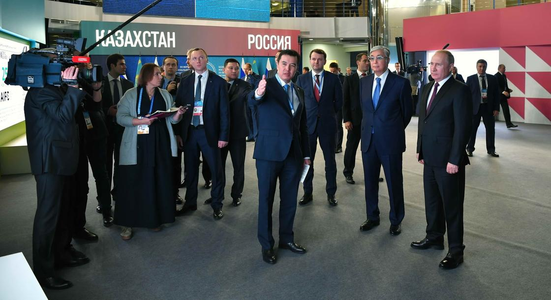 Путин Тоқаевқа көлікпен Омбыны көрсетті (фото)