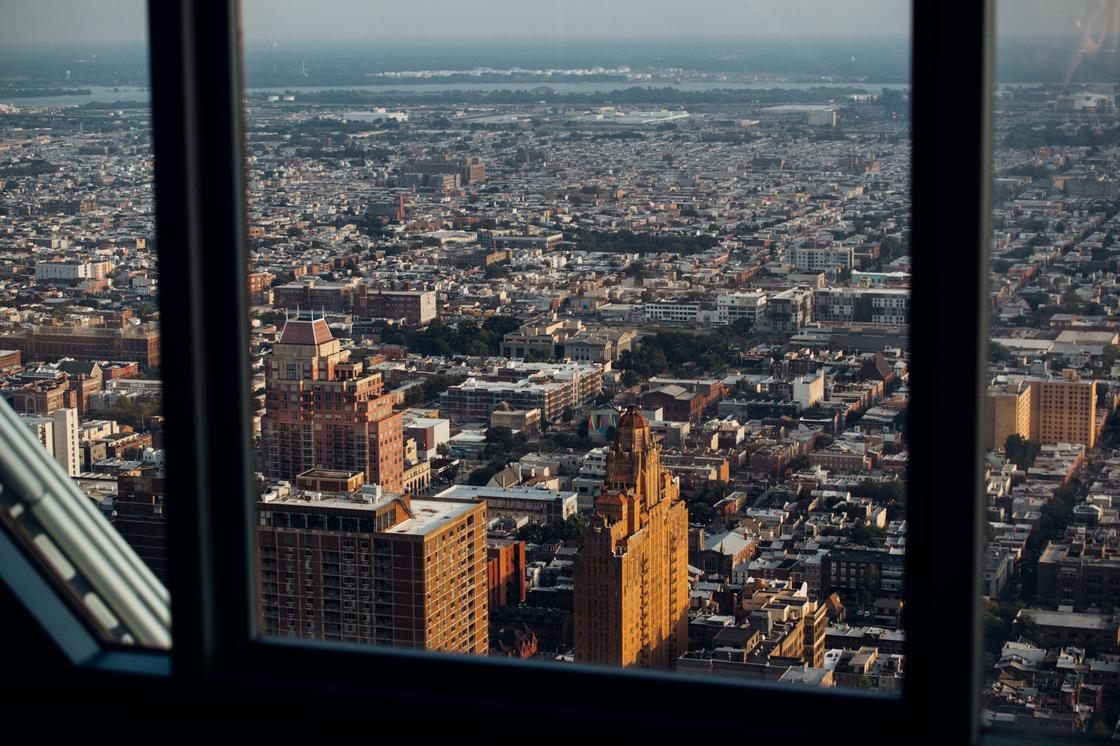 Массовые мероприятия запретили до марта 2021 года в одном из городов США