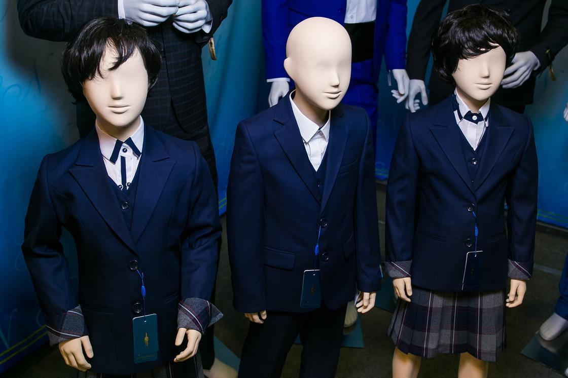 Какой должна быть форма и обувь у казахстанских школьников, рассказал Бекшин