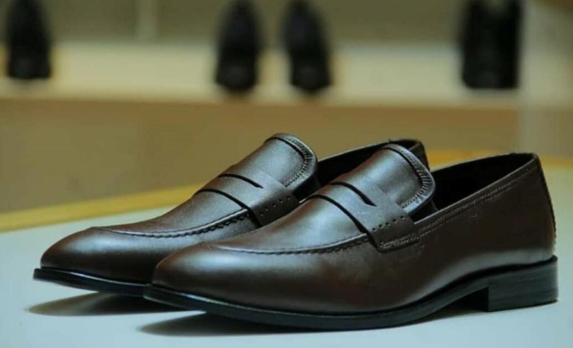 Стало известно, сколько стоят туфли Токаева