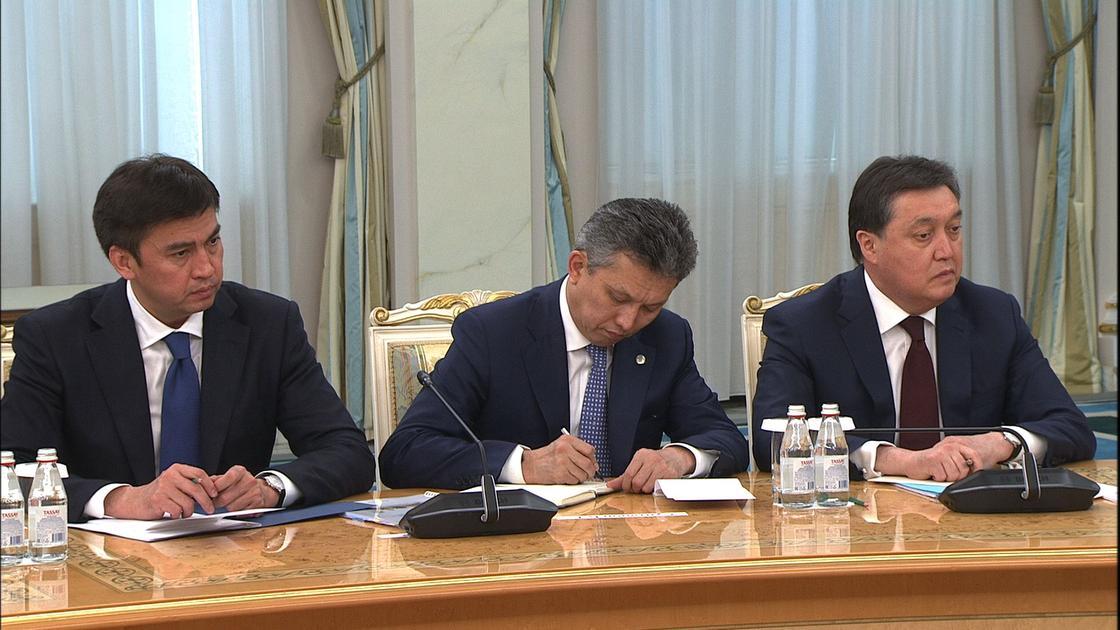 Токаев провел совещание с акимами Нур-Султана, Алматы и Шымкента