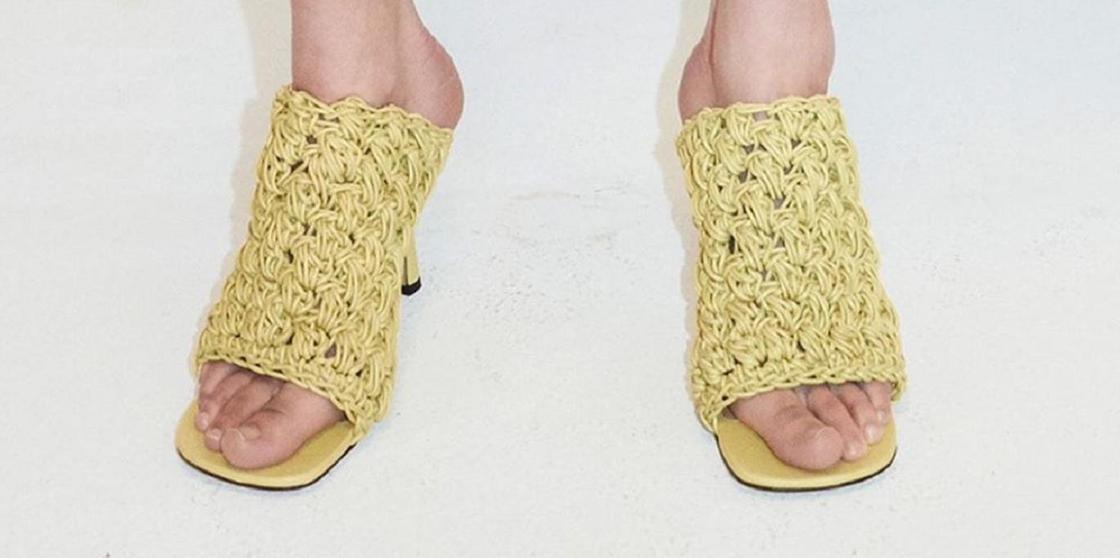 Похожие на лапшу «Доширак» туфли высмеяли в сети