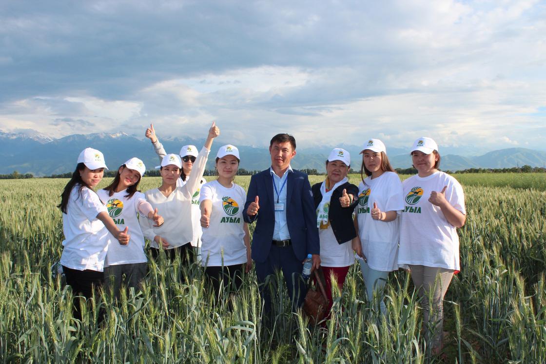 Төлеутай Рақымбеков Алматы облысының аграршыларымен кездесті