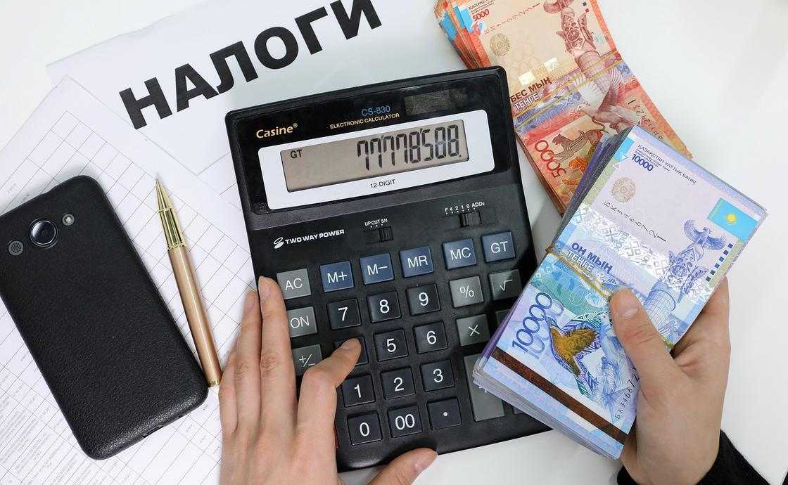 """Завышали зарплату, скрыли миллиард налогов: проверку провели в ФК """"Иртыш"""""""