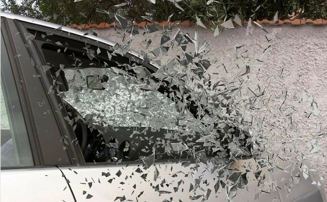 """""""Үш рет полиция тоқтатты"""": KAZ.NUR.KZ тілшісі жол апатына қалай түскендерін айтып берді"""