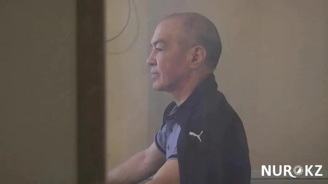 """Особняк с бассейном и дом культуры """"пивного короля"""" Тулешова выставили на торги"""