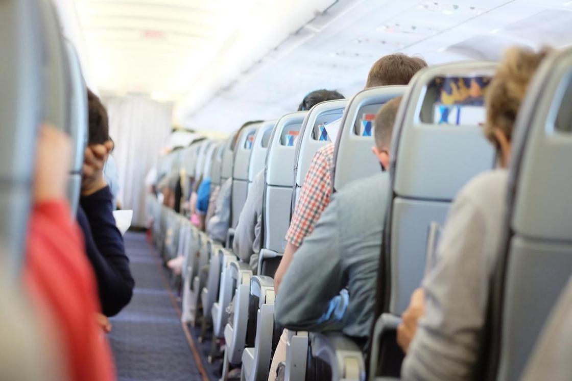 Aviasales.kz посчитал, сколько часов казахстанские путешественники проводят в воздухе
