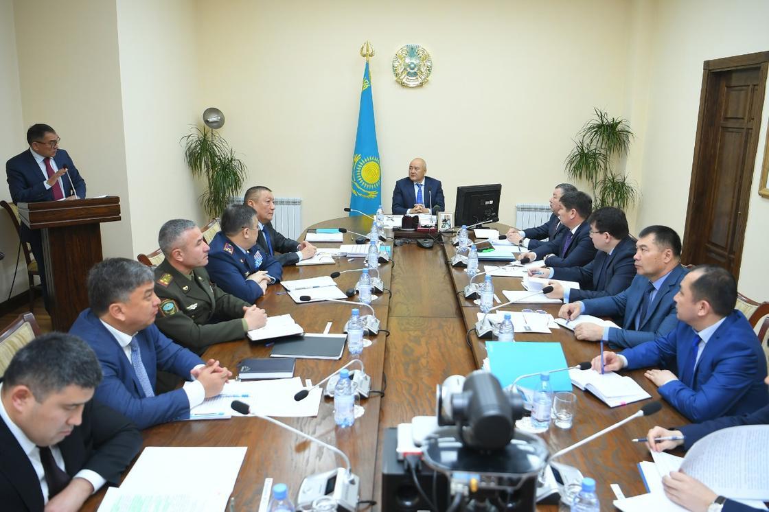 Шукеев раскритиковал работу районных акимов