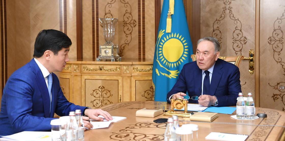 Назарбаев и Байбек обсудили обсудили проведение внутрипартийных выборов