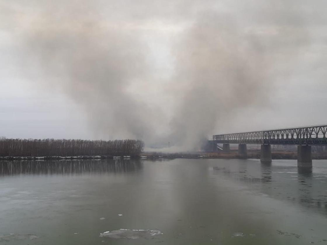 Масштабные пожары охватили Павлодарскую область (фото, видео)