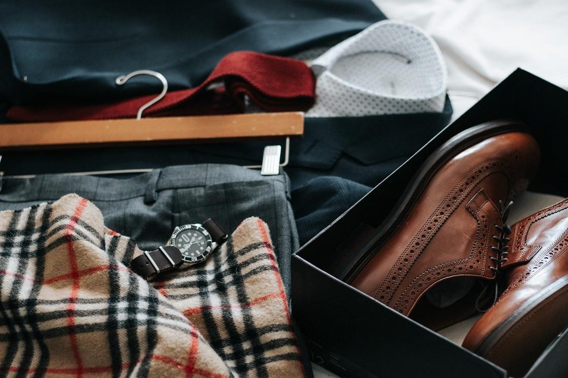 Мужская одежда, обувь, аксессуары