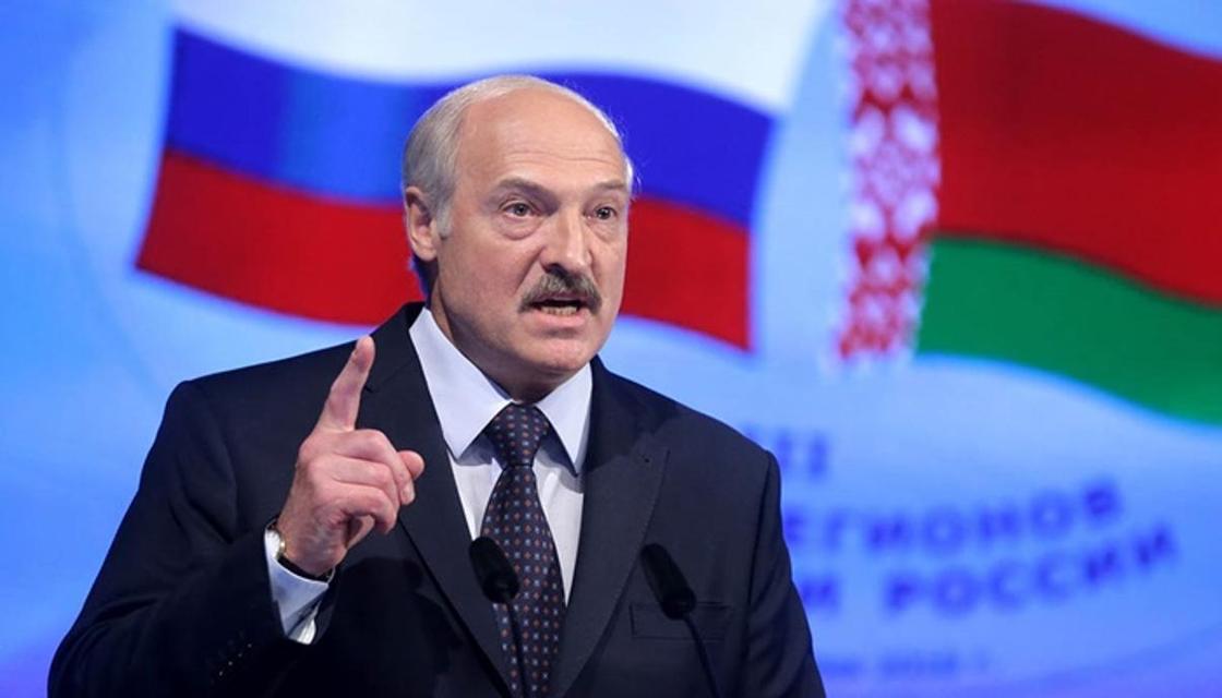 Лукашенко отказался ползать на коленях перед Россией из-за нефти