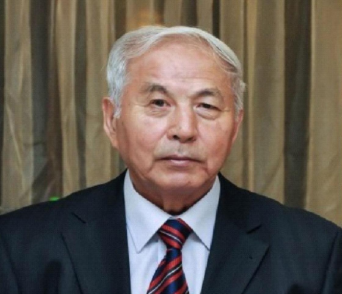 Известный казахстанский вирусолог Марат Саятов скончался от коронавируса