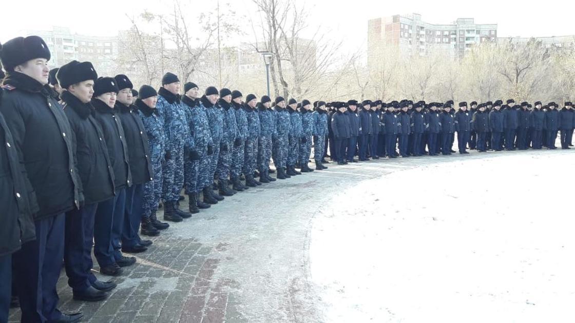 Мемориал погибшим полицейским открыли в Павлодаре
