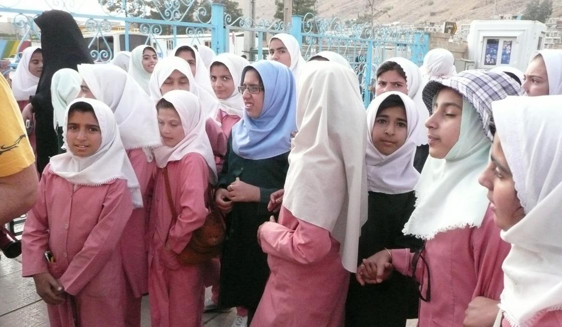 Половина населения Ирана может заболеть коронавирусом: президент Рухани