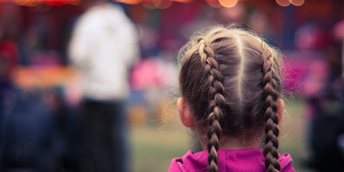 14.06 «Кидали горящей золой и обливали помоями»: казахстанка рассказала о насилии в детстве