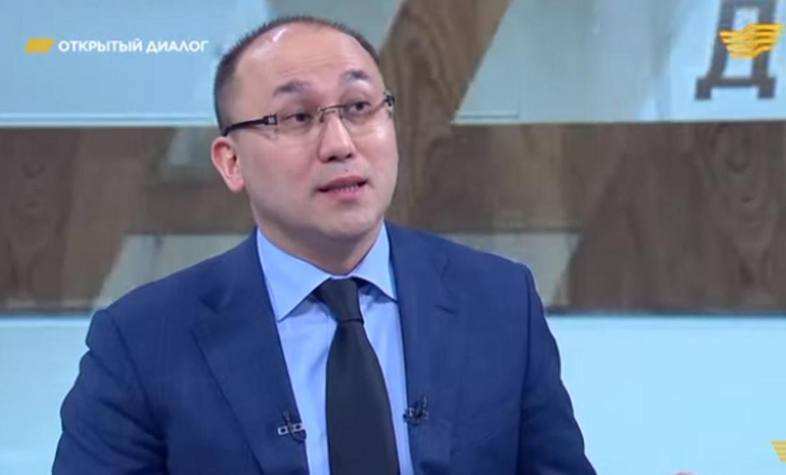Дәурен Абаев. Видеодан кадр