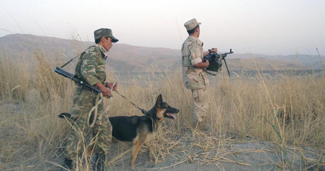 СМИ: один человек погиб более 10 ранены в конфликте на таджикско-кыргызской границе