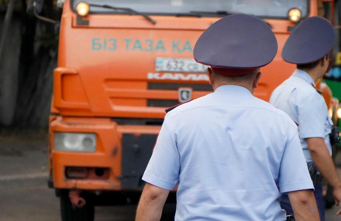 Украденный хром вывозили на 3-х КамАЗах с завода в Актобе