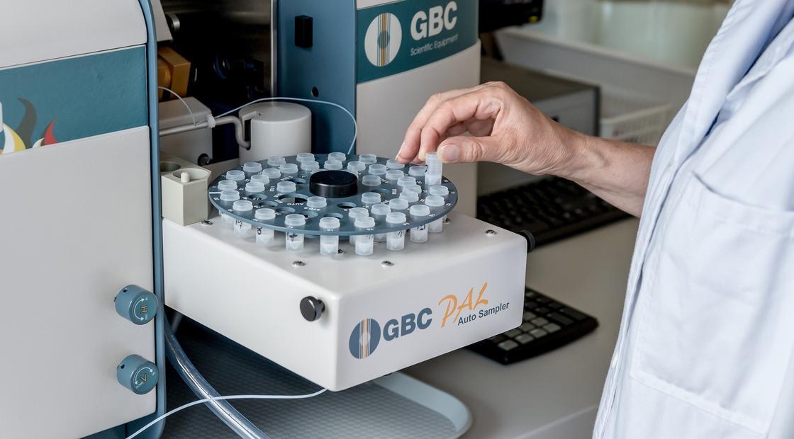 """""""Кровь из пальца и 30 минут"""": как казахстанцам будут делать экспресс-тесты на коронавирус"""