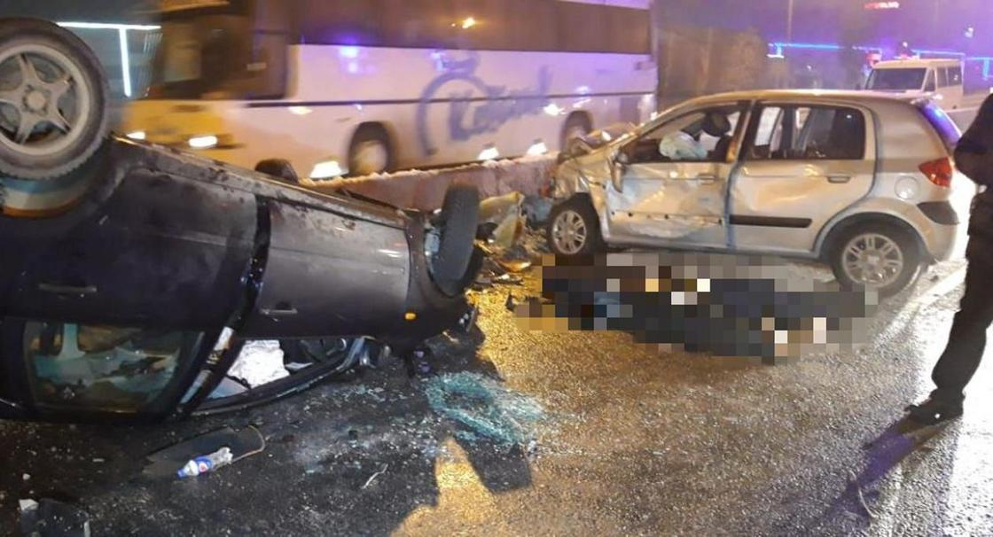 Смертельное ДТП возле барахолки в Алматы: двое погибли, пятеро пострадали