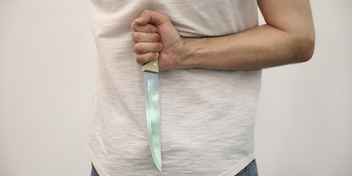 «Убил и пошел сдаваться»: карагандинец совершил жестокое убийство знакомого