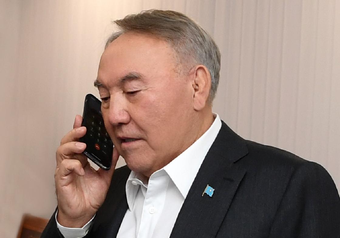 Нурсултан Назарбаев обсудил с акимами регионов безопасность граждан