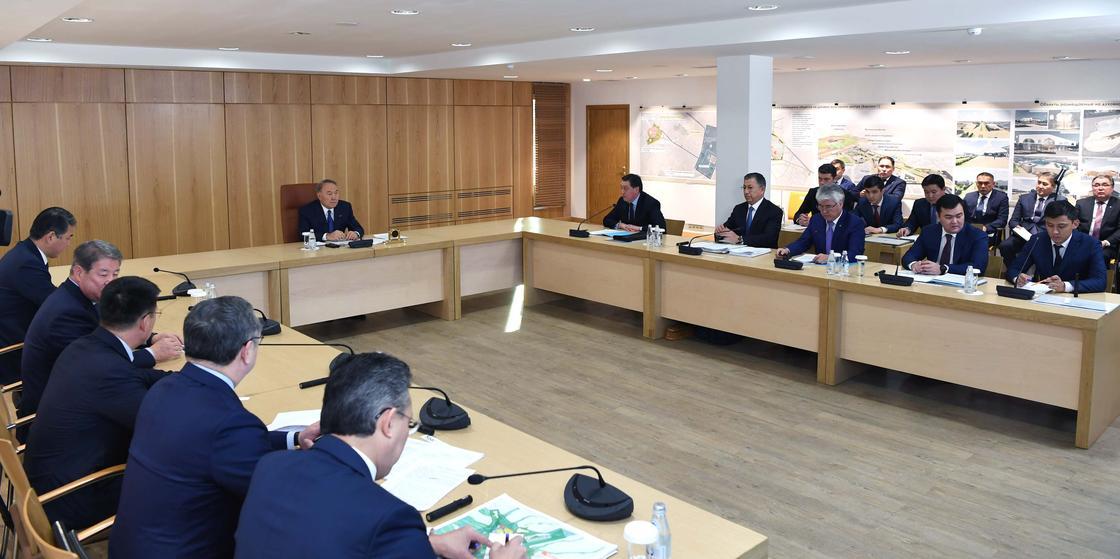 Назарбаев провел совещание по вопросам застройки Туркестана