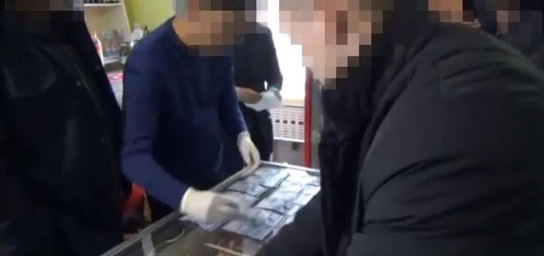 678 тыс. за еду и свидания: осужденная платила за жизнь в СИЗО Атырауской области