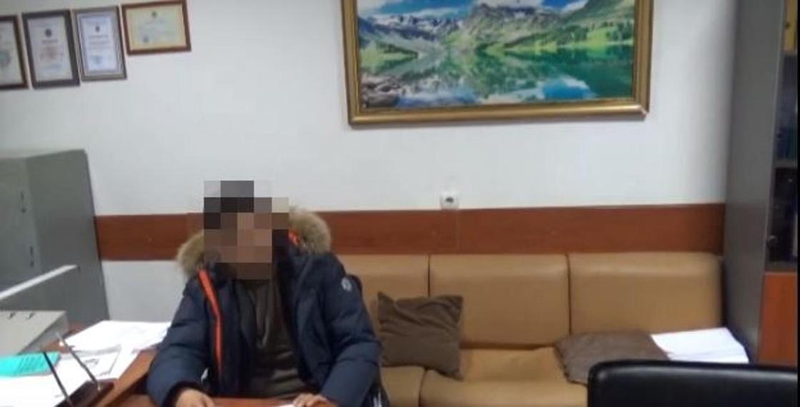 Директор филиала «КТЖ – Грузоперевозки» признался во взятке в 400 тыс. тенге (видео)