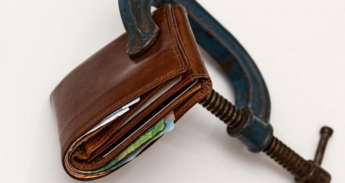 Жительница ВКО узнала о собственном кредите спустя несколько лет