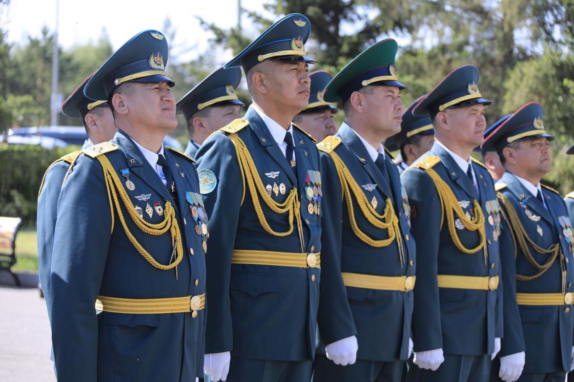 Состоялся торжественный выпуск офицеров Национального университета обороны