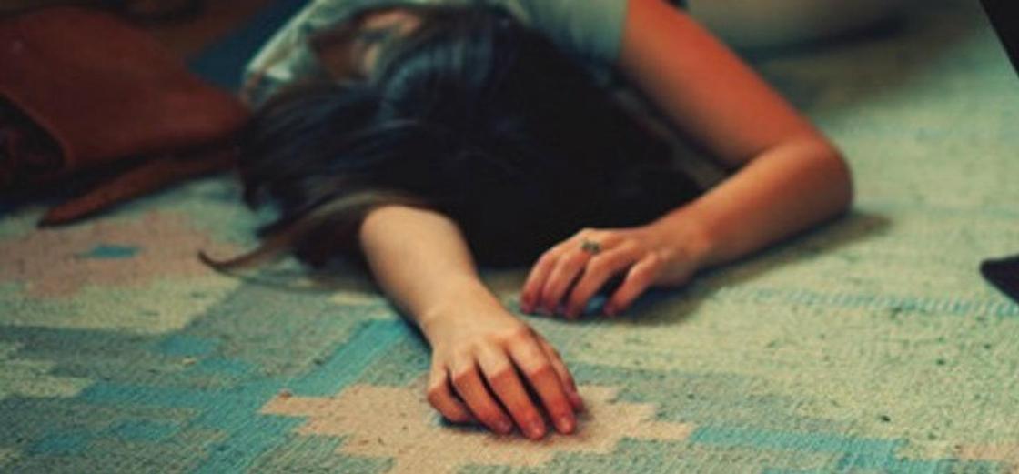 Трое детей несколько дней провели в комнате с телом умершей матери