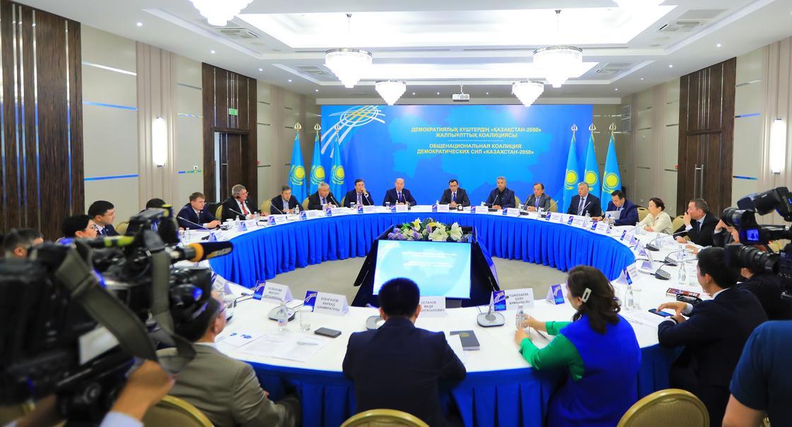 «Диалог власти и общества»: члены окдс высказались о национальном совете доверия