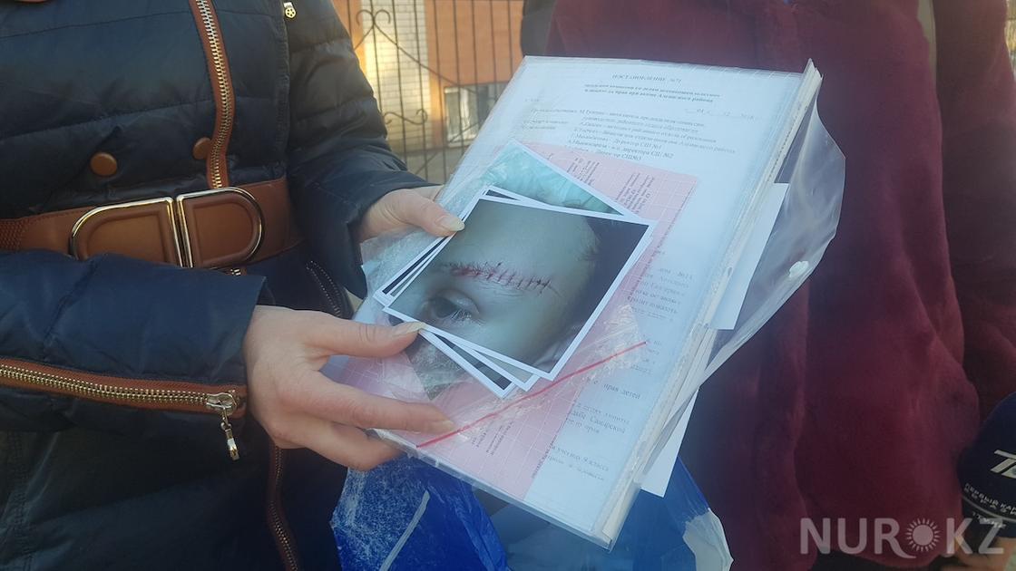 В Актюбинске школьницы подрались из за сережек
