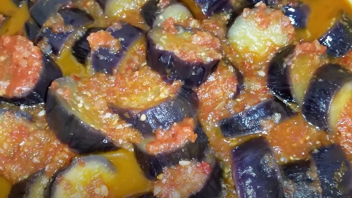 Салат из баклажанов с вощным маринадом