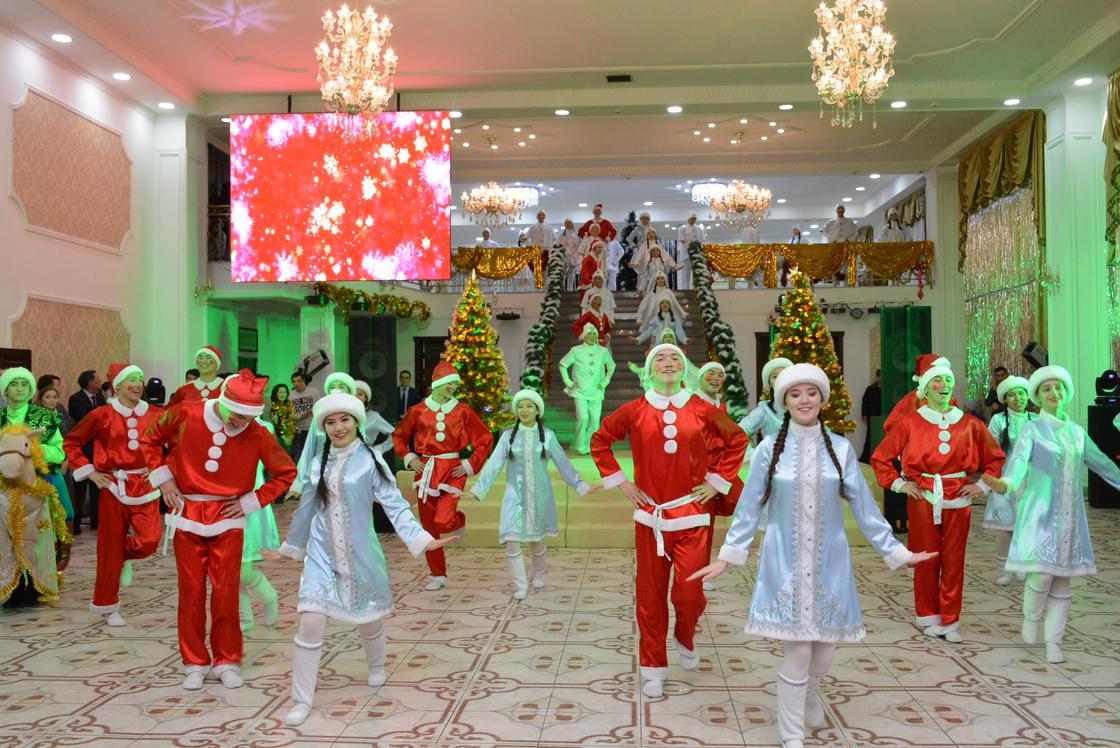 В Кокшетау прошла елка от имени Президента