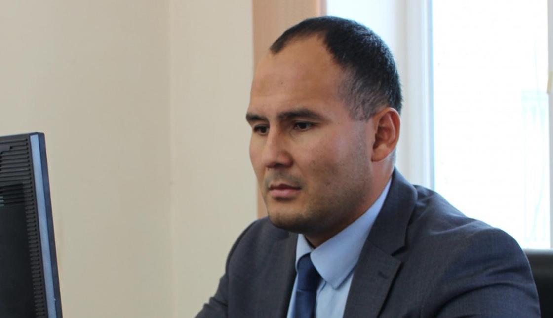 Чемпиона-чиновника отпустили под домашний арест в Актау