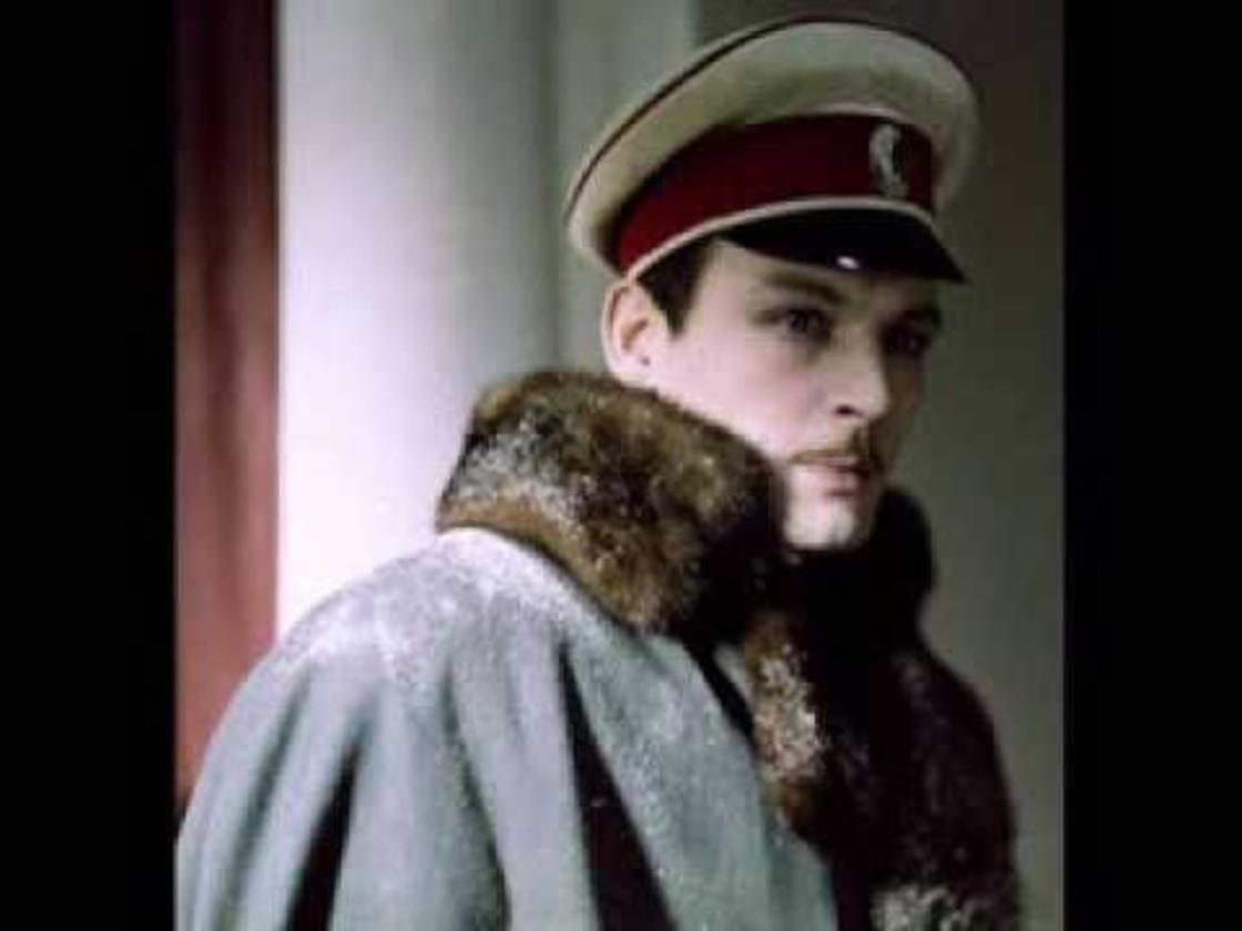 Василий Лановой на кадре из фильма «Анна Каренина» (1967)