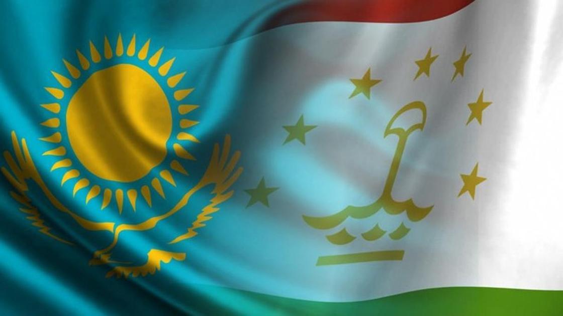 Мажилис разрешил таджикам находиться в Казахстане месяц без регистрации