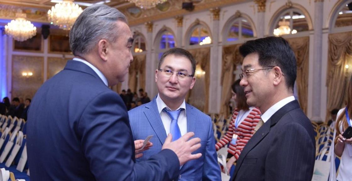 Габидулла Абдрахимов предложил встретить Новый год в Шымкенте, а затем лететь в Дубай