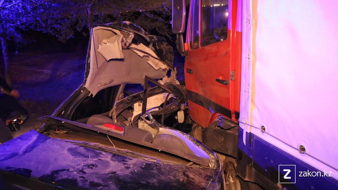 Поврежденные авто в Алматы
