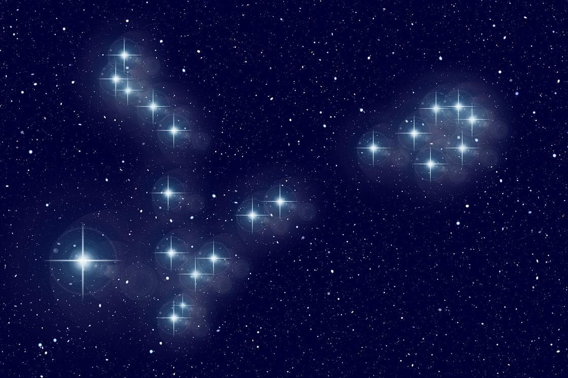 Созвездие Рыб на небе