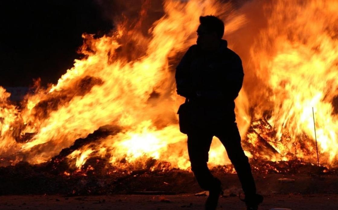 Магазины Порошенко подожгли в Киеве